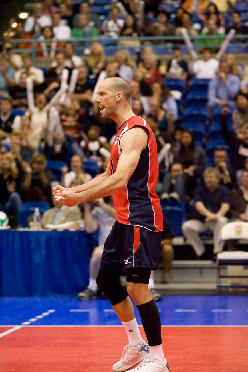 5-27-08_Uploads_USA_Volleyball_Roeder8