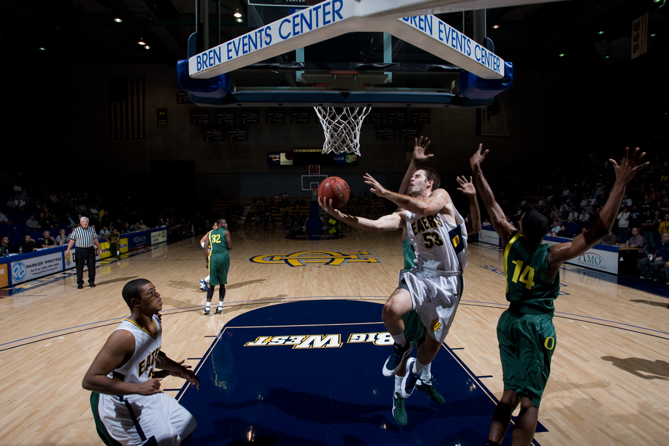 11-21-08_Mens_BBall_Roeder_108