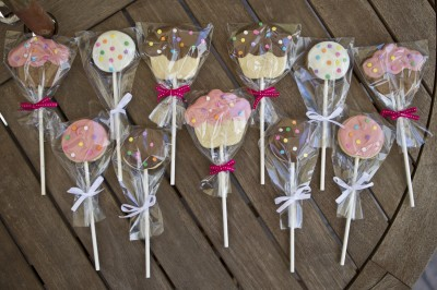 05-19-11_Cookie_Pops_Roeder_14